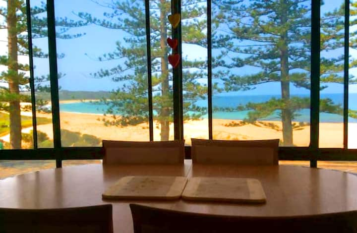 Robin's Nest on the Beach- perfect family getaway