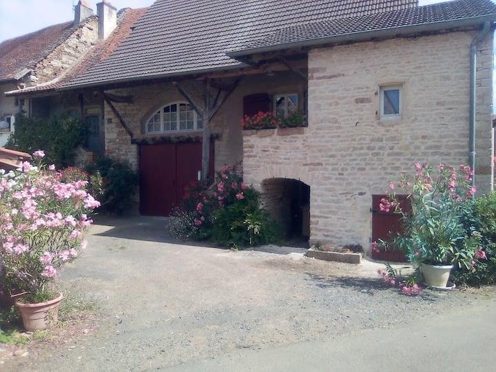 Maison bourguignonne