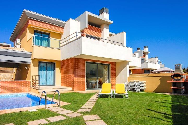V4, Villa Jardins Branqueira, Albufeira