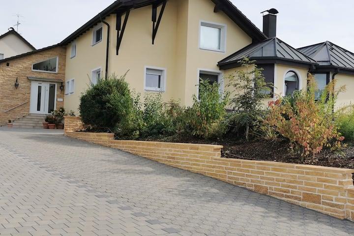 Appartement mit separatem Eingang für 1 - 2 Gäste