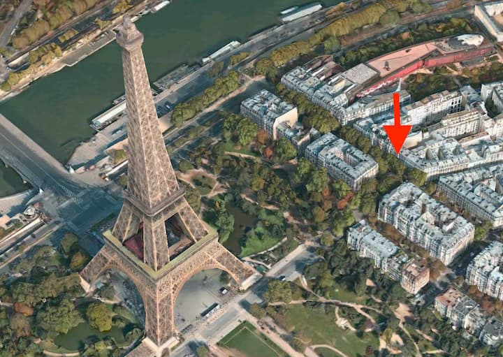 Amazing apartment next to Eiffel Tower for 6/7