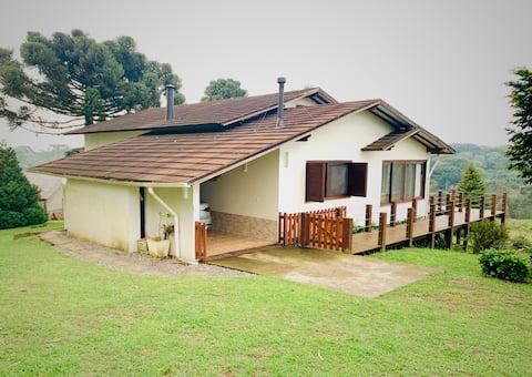 Casa na Fazenda Ventania, conforto e natureza.