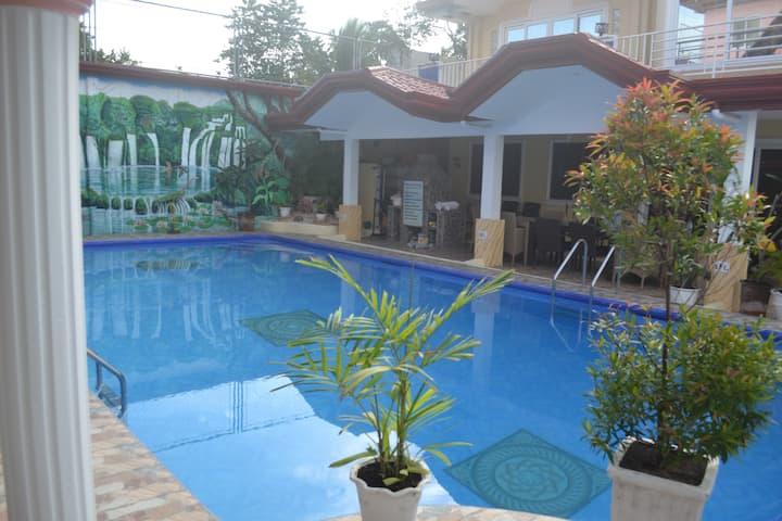 Studio Apartment with Swimming pool