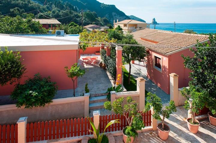 Amalia Cottage #1