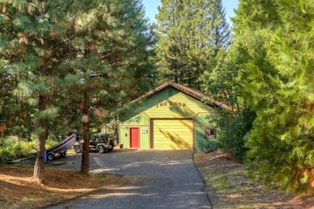 Ground level parking and entry to your cabins