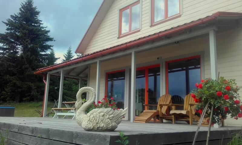 """Spacious guest house """"Aizvēji"""" with sauna and tub"""