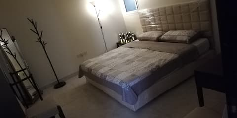 Alnada Bedroom with Private Bathroom & Access