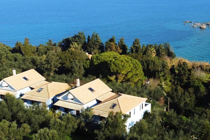 Bella Mare Nikephoros Villa