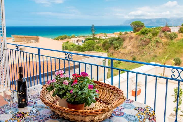 Appartamento in villa due passi dalla spiaggia UA