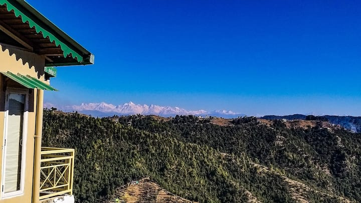 3BR Cottage with Wifi, Himalayan view & Parking