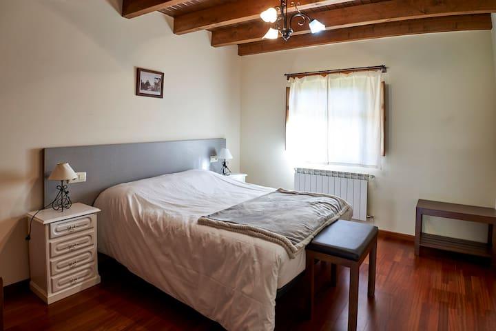 El Mirador de Sanabria VI, (Alojamientos rurales)