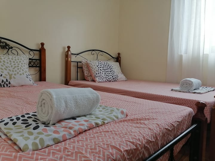 Lucban accommodation for four! Parking +WiFi
