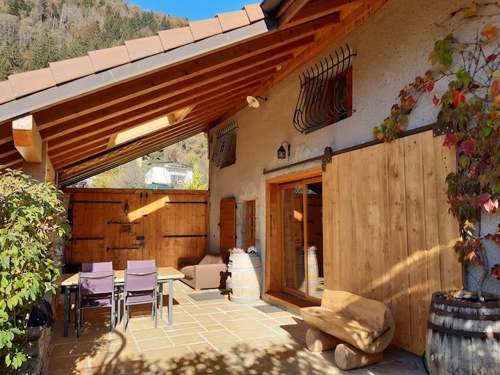 chaleureuse maison de village rénovée ( 170m2 )