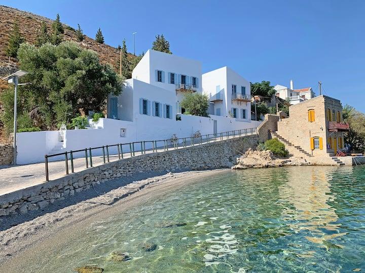 Pelagos Seaside Suite