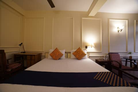 Kedar - A river side hotel