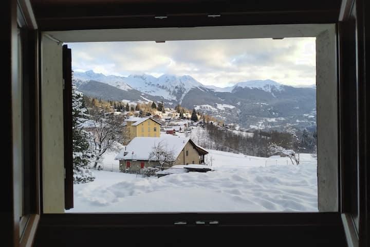 Grazioso app. di 3 locali in châlet di montagna.