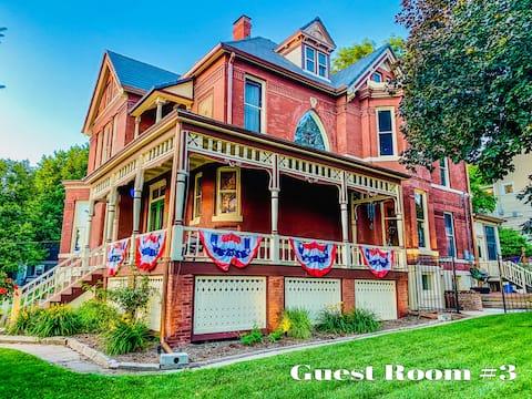 Omaha Metro Area Historic Mansion & Local Landmark