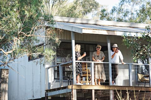 Odd Frog Lodges - The Bunkhouse