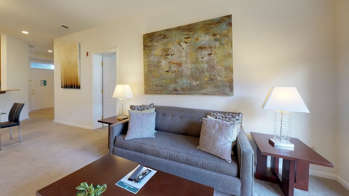 Modern Two Bedroom Apartment in Princeton NJ