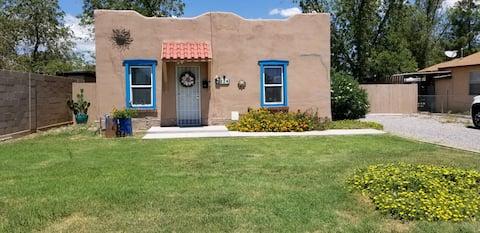 Casa Del Sol  close to downtown Las Cruces