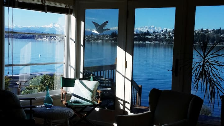 Sinclair Beach Cottage~Waterfront! Amazing Views!!