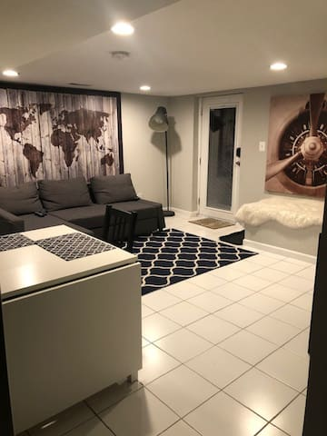 Tysons/Mclean Free Parking/Near metro/WIFI 1