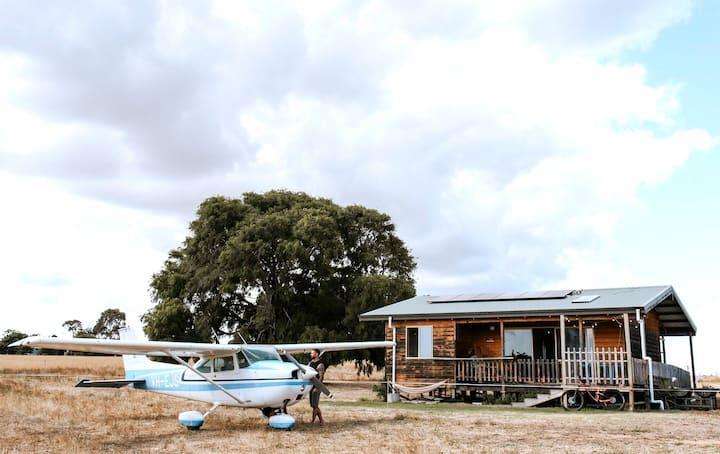 Settlers Rest: off-grid, eco-aligned cottage
