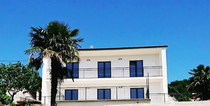 Charming apartment with sea view - Opatija 4 km