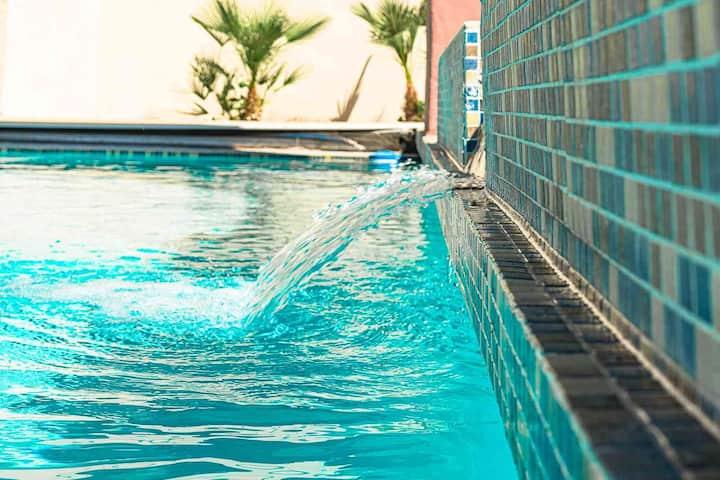 LVNVR Spacious Luxury 11 BED, 11 BATH