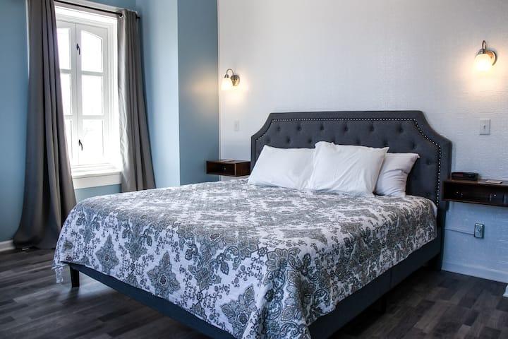 Hotel Lanesboro - Room 6