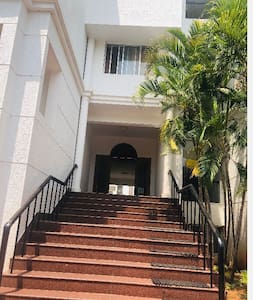 The Home stay is on the Ground floor. One has to climb 10 steps as shown in the pic.