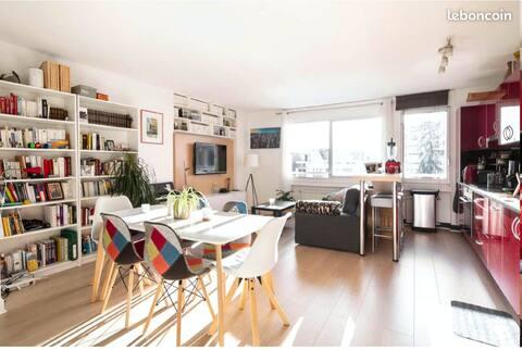 Charmant appartement tout équipé idéalement situé