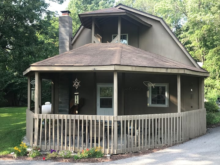 Country Hideaway - 4 bdrms -  Bloomington, Indiana