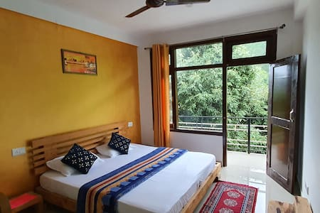 Oaktree Homestay@Off Beat #Evergreen Oaktree View