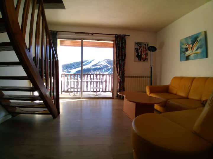 Superb 2 bedrooms Duplex sunny  facing the slopes