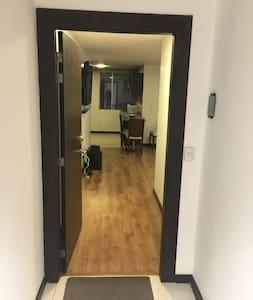 房間入口沒有台階