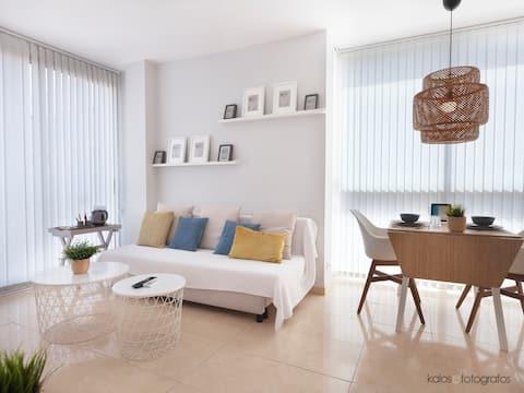 Luminoso apartamento junto al mediterraneo WIFI!!