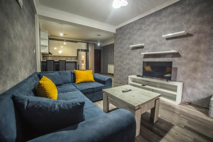 """Apartment , Tbilisi New City Sea """" HUALING"""""""