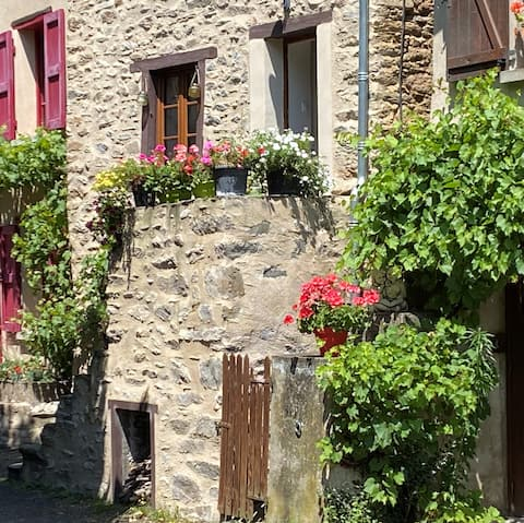 Authentic winegrower's house: 1 cottage, 2 rooms