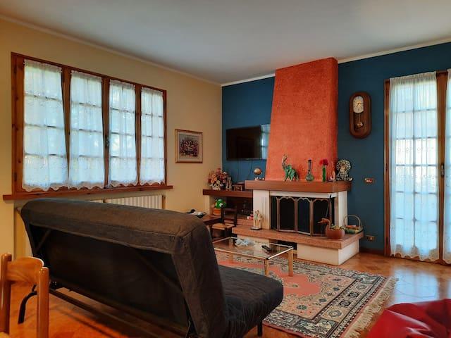 Il soggiorno - The livingroom - Le salon - Das Wohnzimmer