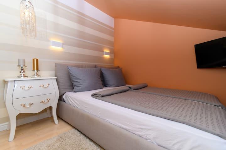 mak apartments - mali