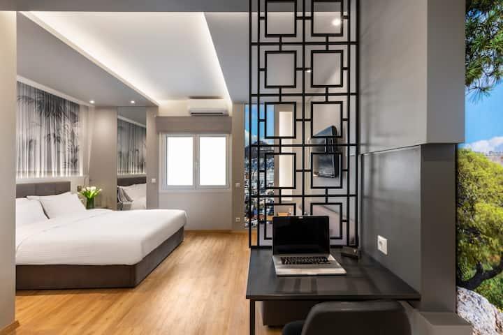 Athens Center Luxury Suite