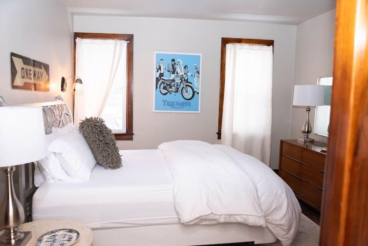Bedroom 2- Sunny and stylish
