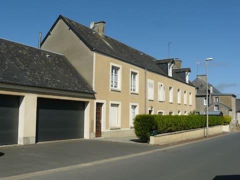 Zelfvoorzienende accommodaties in het centrum van bourg