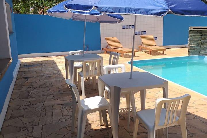 Chácara com piscina playground  pomar em Brotas SP
