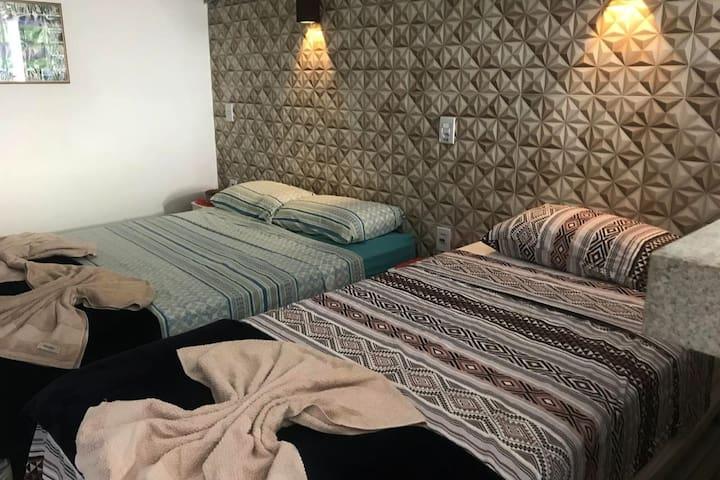 Apartamento Capitolio c/ ar condicionado e garagem