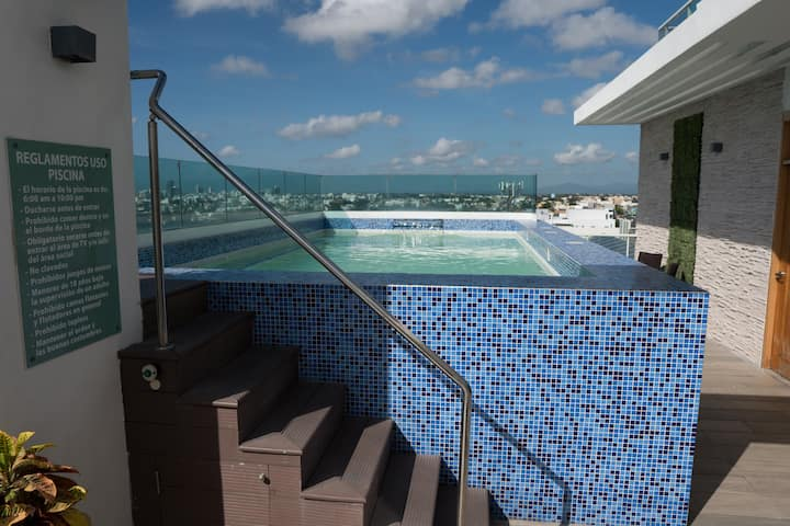 City Center Fully Equipped Luxury Apt w Pool & Gym