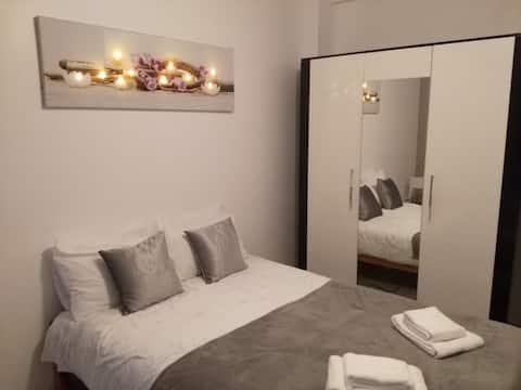 Jolie Chambre Climatisé Confort Nice Centre GARE