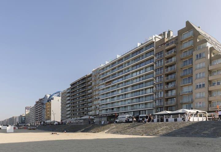 Appartement, 7e verdieping met frontaal zeezicht