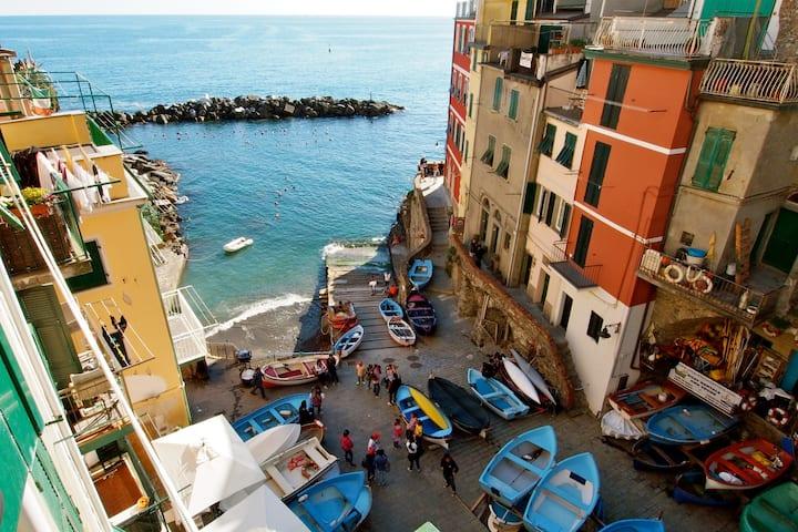 Alla Marina - Charme room3,sea view and breakfast